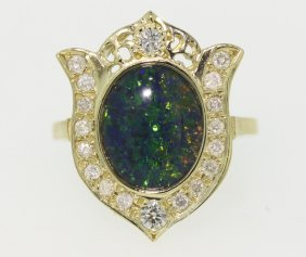 14KT Yellow Gold 2.2ct Opal And Diamond Ring 4.7gms GD2