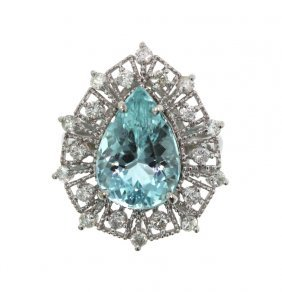 14KT White Gold 6.69ct Aquamarine And Diamond Ring A310