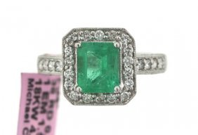 18KT White Gold 1.55ct Emerald And Diamong Ring FJM1487