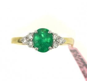 14KT Yellow Gold 1.00ct Emerald & Diamond Ring FJM1734