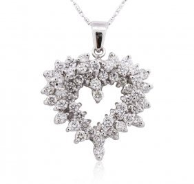 14kt White Gold 1.83ctw Diamond Pendant With Chain