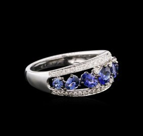 1.39ctw Sapphire And Diamond Ring - 18kt White Gold