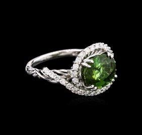 3.40ct Green Tourmaline And Diamond Ring - 18kt White
