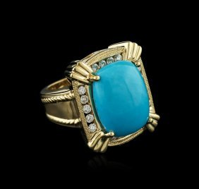 18kt Yellow Gold 6.52ct Turquoise And Diamond Ring