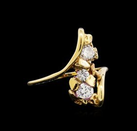 0.60ctw Diamond Ring - 10kt Yellow Gold