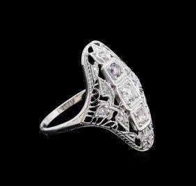 0.37ctw Diamond Ring - 18kt White Gold