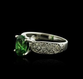 14kt White Gold 2.50ct Tsavorite And Diamond Ring