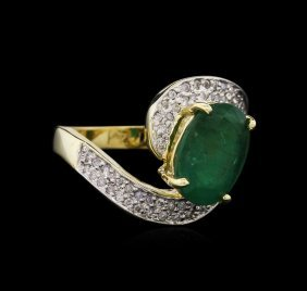 2.75ct Emerald And Diamond Ring - 14kt Yellow Gold