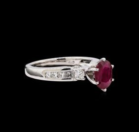 1.37ct Ruby And Diamond Ring - 18kt White Gold