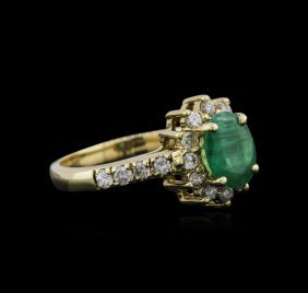 14kt Yellow Gold 1.04ct Emerald And Diamond Ring
