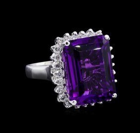 13.08ct Amethyst And Diamond Ring - 14kt White Gold