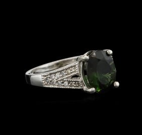 3.02ct Green Tourmaline And Diamond Ring - 14kt White