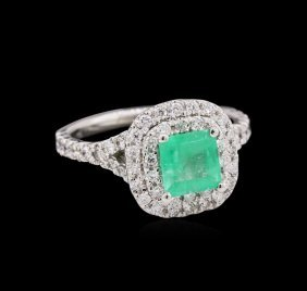 0.92ct Emerald And Diamond Ring - 14kt White Gold