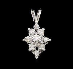 0.10ctw Diamond Cluster Flower Pendant - 14kt White