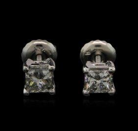 0.71ctw Diamond Stud Earrings - 14kt White Gold