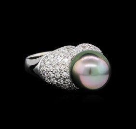 0.87ctw Pearl And Diamond Ring - 14kt White Gold