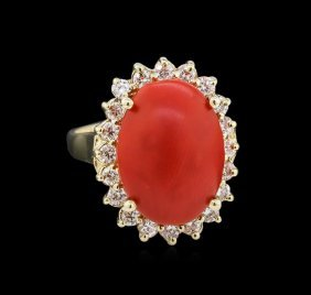 5.35ct Coral And Diamond Ring - 14kt Yellow Gold