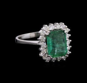 2.10ct Emerald And Diamond Ring - 14kt White Gold