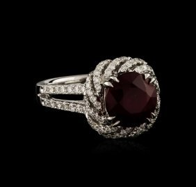 14kt White Gold 4.05ct Ruby And Diamond Ring