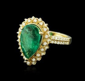 14kt Yellow Gold 3.82ct Emerald And Diamond Ring