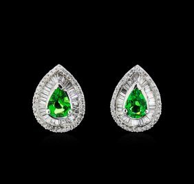 3.20ctw Tsavorite And Diamond Earrings - 14kt White