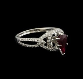 1.09ct Ruby And Diamond Ring - 18kt White Gold