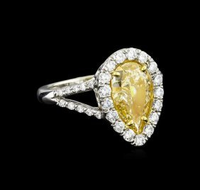Egl Usa Cert 2.72ctw Fancy Yellow Diamond Ring -