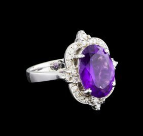 4.48ct Amethyst And Diamond Ring - 14kt White Gold