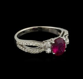1.09ct Ruby And Diamond Ring - 14kt White Gold