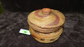 Authentic Native American Handmade Woven Basket / M