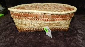 Authentic Native American Handmade Woven Basket, Le