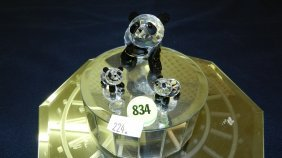 Great Stamped Swarovski Crystal Family Of Panda Be