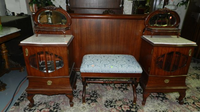 Lovely Antique 5 Piece Mahogany Marble Top Bedroom Set Lot 83